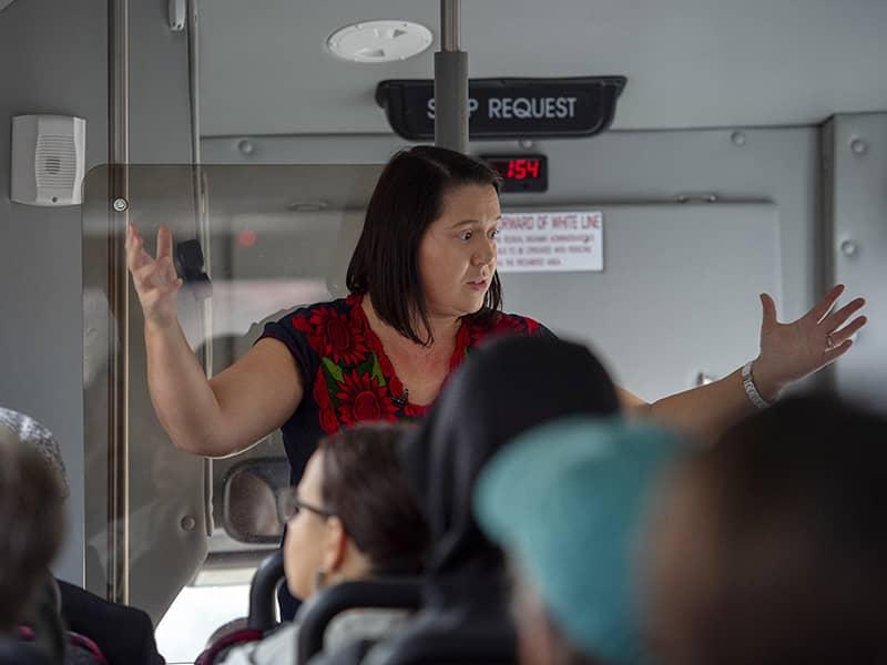 Ana Baptista bus tour 2